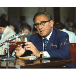 KISSINGER Henry